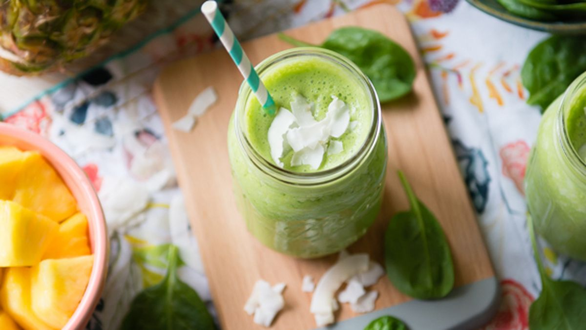 Pina Colada Green Smoothie (Pineapple/Coconut)